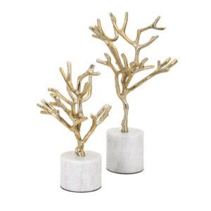Árbol con base de mármol